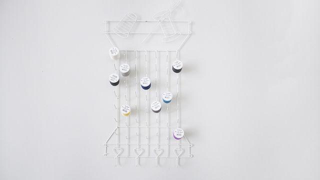Garnrollenhalter aus Metall von Snaply - Modell Spulen Nadel Faden - Kurzwaren und Zubehör kaufen im Makerist Materialshop