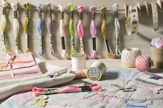 Sticktwist von DMC - 8 m  - Wolle und Garn kaufen im Makerist Materialshop