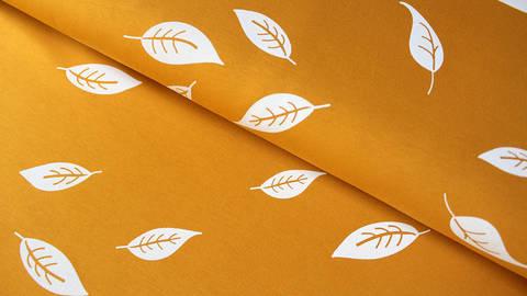 Senfgelb bedruckter Baumwolljersey: Kenny Blätter - 155 cm kaufen im Makerist Materialshop