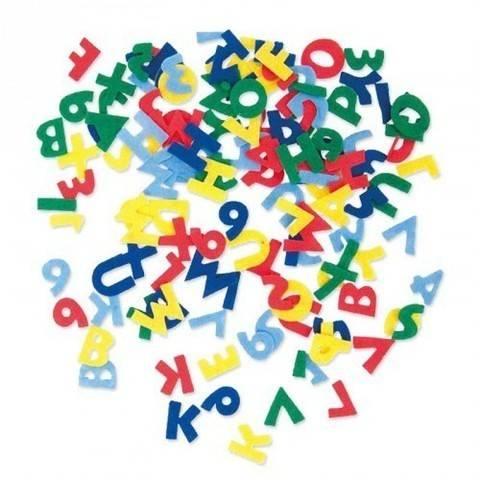 Filzbuchstaben bunt selbstklebend kaufen im Makerist Materialshop