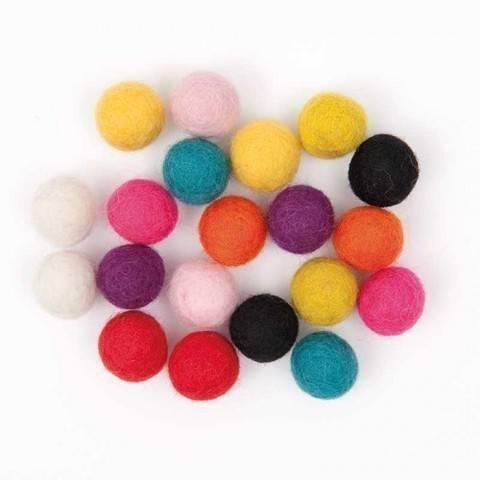 Filzkugeln-Mix multicolor 1,5cm 20 Stück kaufen im Makerist Materialshop