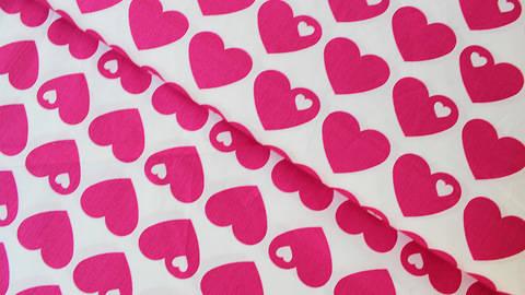 Acheter Coton percale rose et blanc byGraziela : Coeurs - 150 cm dans la mercerie Makerist