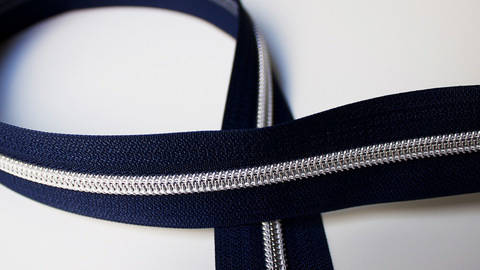 buy Navy Blue Zipper: Silver in the Makerist Supplies