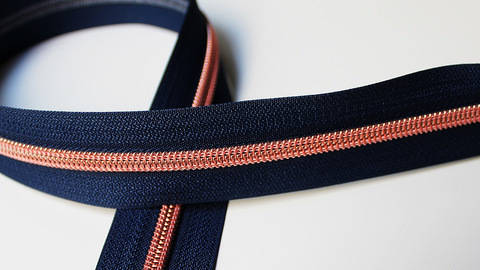 buy Navy Blue Zipper: Copper in the Makerist Supplies