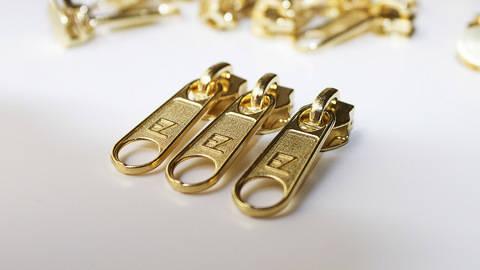Reißverschluss-Schieber Gold - 6 mm kaufen im Makerist Materialshop