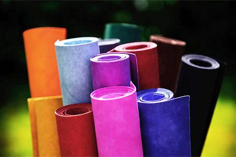 Waschbares Papier (handgefärbt): kulörtexx - 50 cm x 150 cm kaufen im Makerist Materialshop