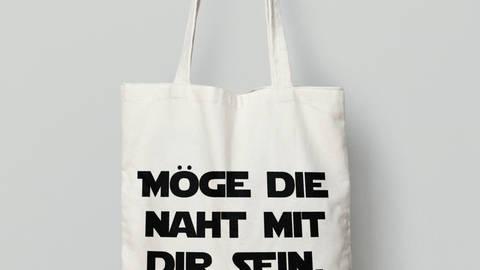 Stofftasche: Möge die Naht mit dir sein kaufen im Makerist Materialshop