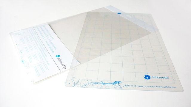 Schneidematte leicht selbstklebend 8 x 12 für SILHOUETTE Portrait - Plotter und Folien kaufen im Makerist Materialshop