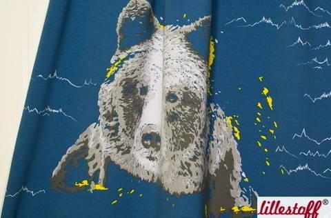 Blauer Bio-Sweat Rapport lillestoff: Bear in the Mountain - 150 cm kaufen im Makerist Materialshop