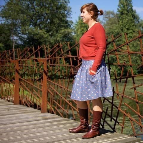 Acheter Patron pochette jupe femme Lotta par Compagnie M. dans la mercerie Makerist