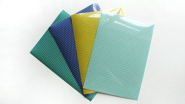 Pünktchen Flockfolie zum Plotten - DIN A4 - Plotter und Folien kaufen im Makerist Materialshop