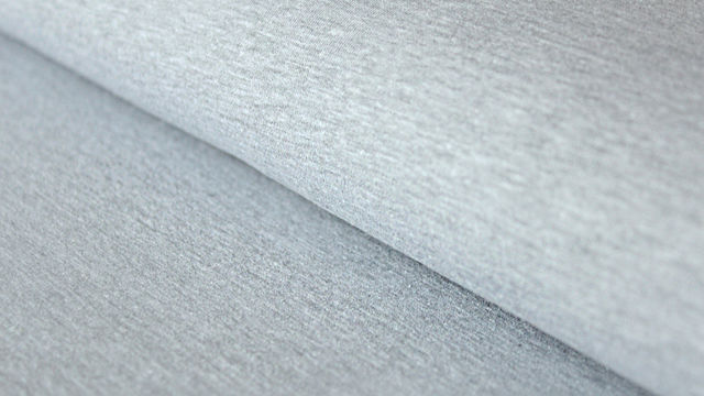 Hellgrau melierter Sweatstoff: Eike - 155 cm - Stoffe kaufen im Makerist Materialshop