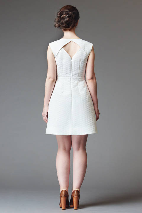 Acheter Patron pochette robe femme Belladone par Deer&Doe dans la mercerie Makerist