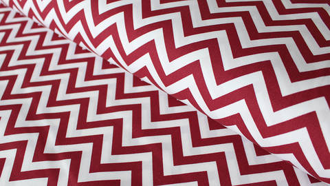 Weiß-roter Baumwollstoff: Herringbone - 150 cm kaufen im Makerist Materialshop