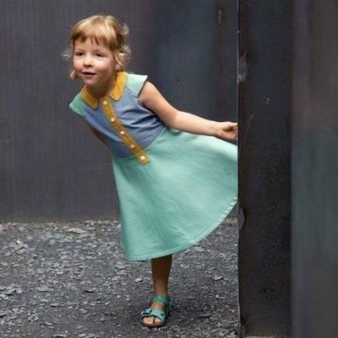 Acheter Patron pochette robe enfant Ileana par Compagnie M. dans la mercerie Makerist