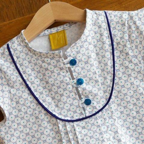 Acheter Patron pochette blouse enfant Mara par Compagnie M. dans la mercerie Makerist