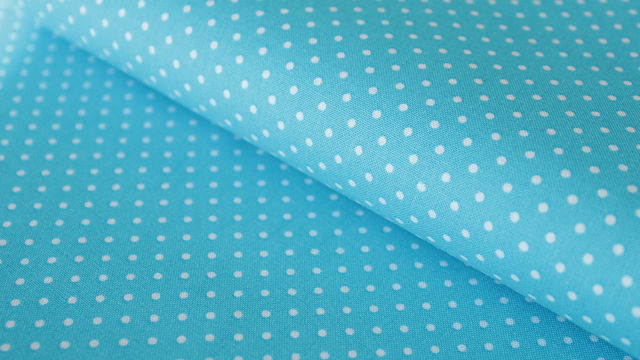 Helltürkisfarbener Polka Dot Baumwollstoff: Judith - 148 cm - Stoffe kaufen im Makerist Materialshop