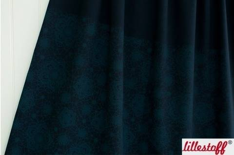 Mitternachtsblauer Bio-Baumwolljersey lillestoff: Häkelblumen - 150 cm  kaufen im Makerist Materialshop