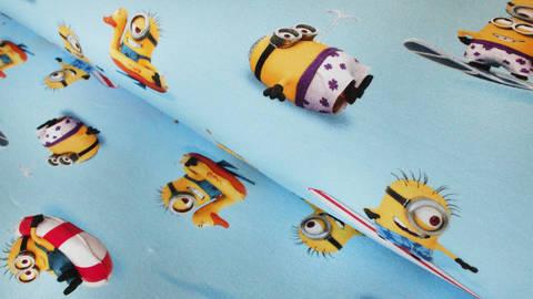 Hellblauer Lizenz Baumwolljersey: Minions - 150 cm - ARCHIVIERT - kaufen im Makerist Materialshop