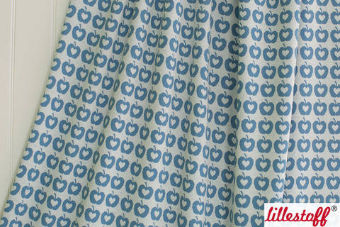 Blauer Jacquard lillestoff: Apple Liefde - 150 cm kaufen im Makerist Materialshop