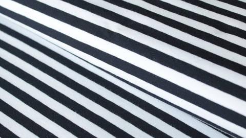 Navy-weiß gestreifter Jersey: Spandex Stripes dick - 165 cm kaufen im Makerist Materialshop