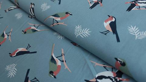 Hellblau bedruckter Baumwollstoff: Birds - 150 cm kaufen im Makerist Materialshop