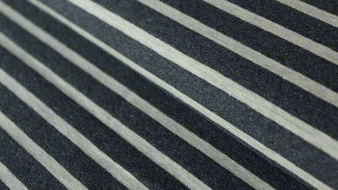 Navy-ecrufarben melierter Baumwolljersey: Yarn dyed Stripes - 150 cm kaufen im Makerist Materialshop