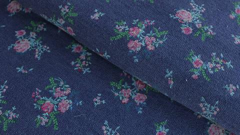 Jeansfarbener Jersey: Flower Time - 150 cm kaufen im Makerist Materialshop
