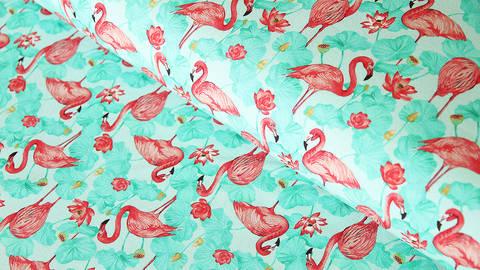 Mintfarbener Baumwolljersey: Flamingos - 150 cm kaufen im Makerist Materialshop