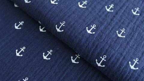 Acheter Mousseline de coton double gaze bleu marine: ancres - 132cm dans la mercerie Makerist