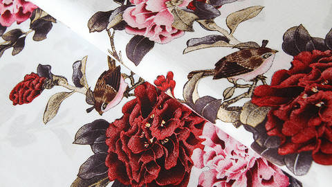 Viskosestoff weiß: Blumen und Vögel - 150 cm kaufen im Makerist Materialshop