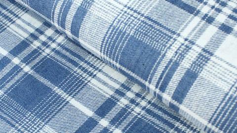 Baumwollstoff hellblau-weiß: Denim Karomuster - 145 cm kaufen im Makerist Materialshop