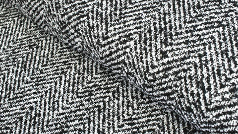 Mantelstoff schwarz-weiß: Fischgrätmuster - 145 cm kaufen im Makerist Materialshop