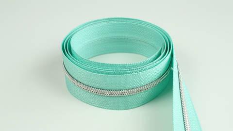 Acheter Fermeture à glissière sans fin : menthe argenté - 4 mm dans la mercerie Makerist