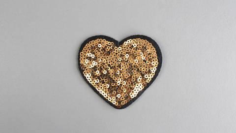 Patch: goldenes Herz (bügeln) kaufen im Makerist Materialshop