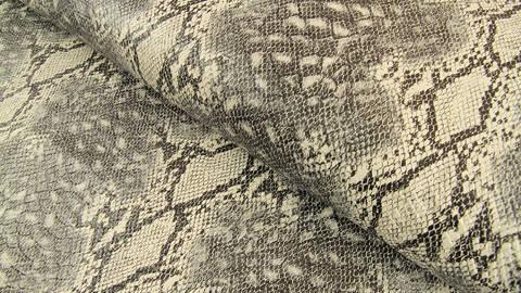 Kunstleder grau: Schlangen-Look - 137 cm im Makerist Materialshop