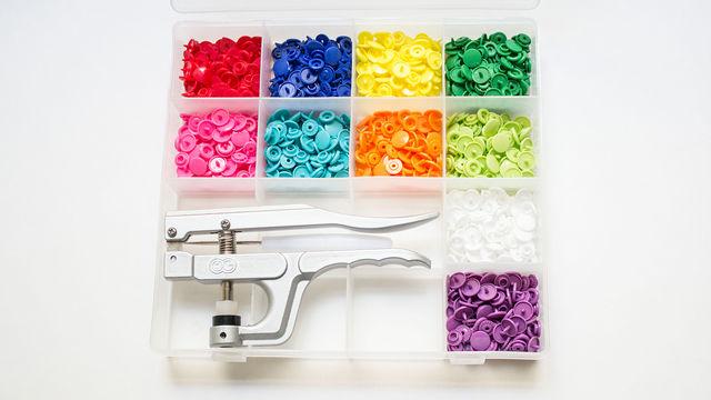 KAM Snaps Starterset mit 250 Snaps und Kam Zange - Kurzwaren und Zubehör kaufen im Makerist Materialshop