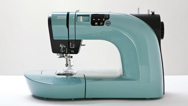 Toyota OEKAKI Renaissance - Computernähmaschine - Nähmaschinen kaufen im Makerist Materialshop