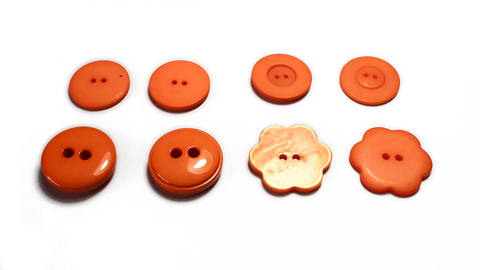Knöpfe in Orange - 0,8 bis 3,5 cm kaufen im Makerist Materialshop