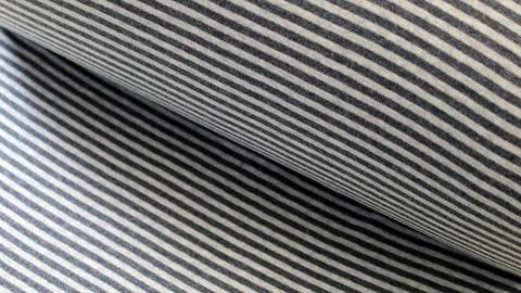 Hamburger Liebe Rippbündchen: Ringelbündchen carbon - 75 cm kaufen im Makerist Materialshop