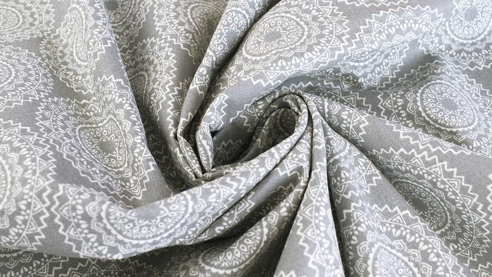 Baumwollstoff grau: Mandala - 140 cm 4 kaufen im Makerist Materialshop