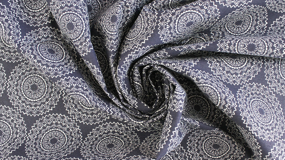 Baumwollstoff dunkelblau: Mandala - 140 cm 3 kaufen im Makerist Materialshop
