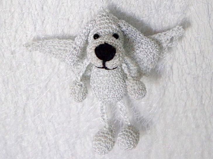 Häkelanleitung Schlüsselanhänger Taschenbaumler Hund