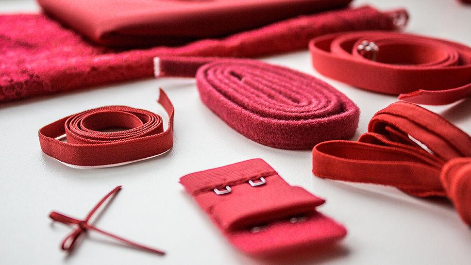 Roter Spitzen-BH Komplettbox: Julie kaufen im Makerist Materialshop