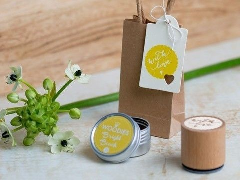 Woodies Motivstempel: with love - 30 mm - Bastelmaterial kaufen im Makerist Materialshop