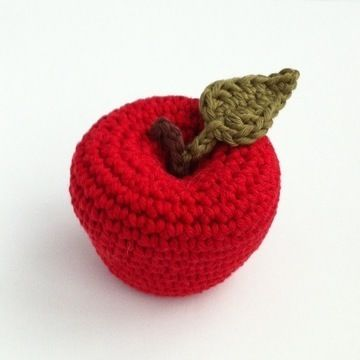 Download Apple Crochet Pattern - Crochet Patterns immediately at Makerist