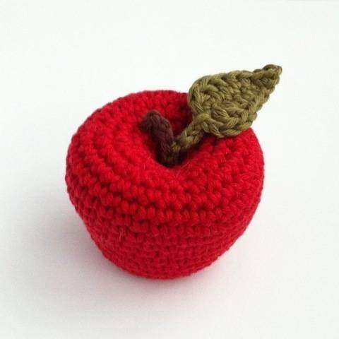 Download Apple Crochet Pattern immediately at Makerist