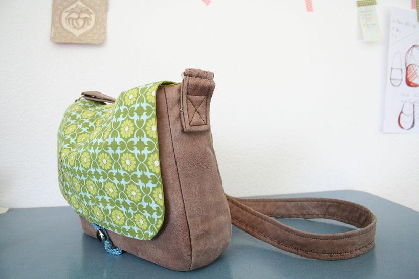 Umhängetasche Frau S. & Frau Suse, Taschenschnitt in 2 Größen - Nähanleitungen bei Makerist sofort runterladen