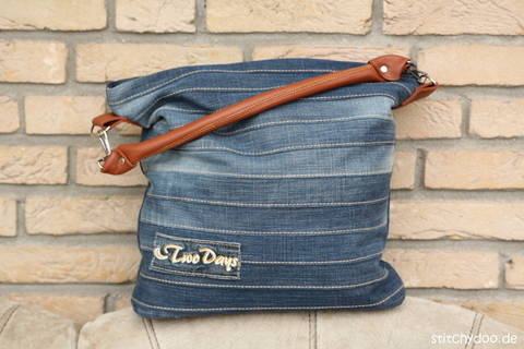 "Download Jeans upcycling bag ""Chobe"" sewing pattern  immediately at Makerist"