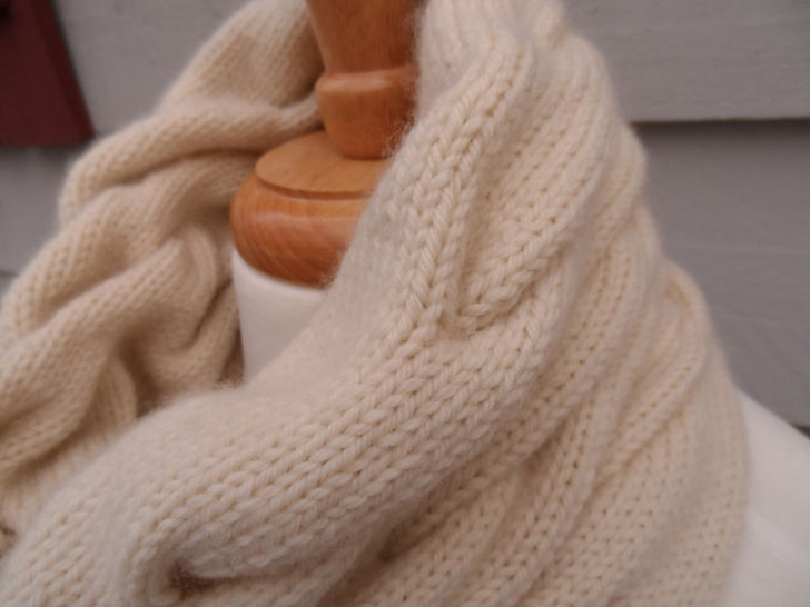 Download Devonshire Cream - Knitting Patterns immediately at Makerist